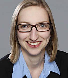 Надин Годехардт